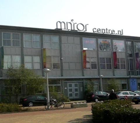 amsterdam bike tour coffeeshop tour meeting point mirror centre