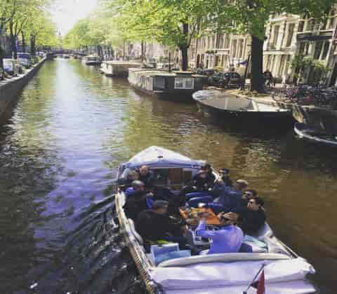 coffeeshop-boat-tour-purple-is-lovely